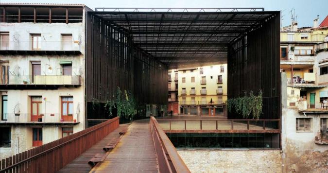 un trio catalan remporte le prix pritzker 2017 la isla social club. Black Bedroom Furniture Sets. Home Design Ideas